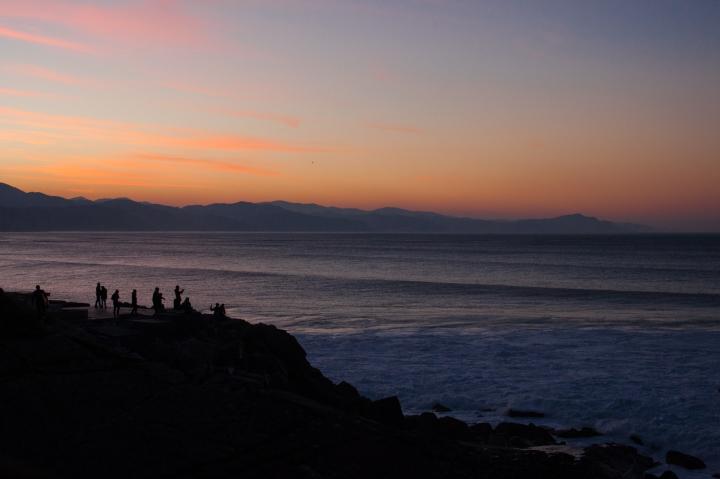 17. Zumaia wave watchers